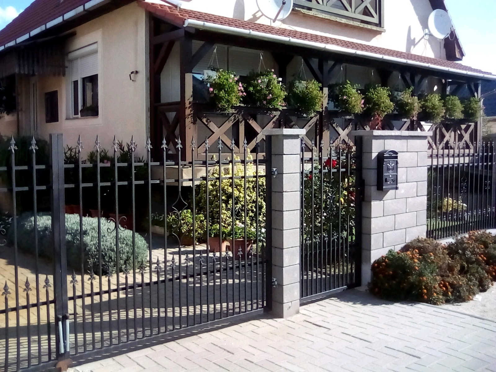 kovácsoltvas kerítés,kapu árak